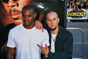 """S.W.A.T."" Premiere 7-30-03Tyson Beckford and Chris JuddPhoto by Cindy Burtin - Image 21354_0096"
