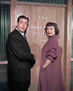 """Perry Mason""Raymond Burr, Barbara Halecirca 1964** I.V. - Image 2136_0032"