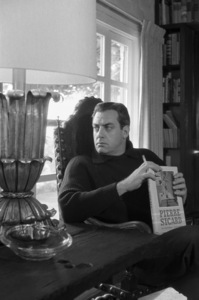 Raymond Burr at homecirca 1960s© 1978 Gene Trindl - Image 2136_0047