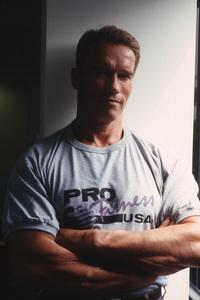 Arnold Schwarzenegger in Venice, CAJune 1994 © 1994 Bruce McBroom - Image 21403_0002