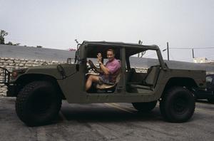 Arnold Schwarzenegger in his Humvee 1994 © 1994 Bruce McBroom - Image 21403_0026