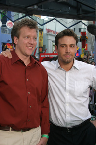 """""""Battle At Shaker Heights"""" Premiere 8-11-03Chris Moore and Ben AffleckPhoto by Sam Kweskin - Image 21404_0071"""