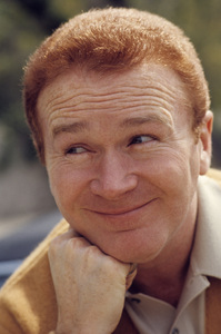 Red Buttons1966© 1978 Gene Trindl - Image 2141_0013
