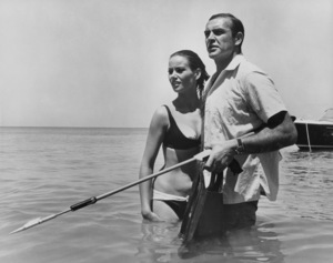"""Thunderball""Sean Connery and Claudine Auger1965 UA**I.V. - Image 21423_0072"