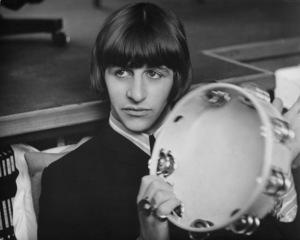 """Help""Ringo Starr on the set1965 UA**I.V. - Image 21431_0022"