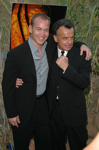 """Jeepers Creepers 2"" Premiere 8-25-03Jonathan Breck & Ray WisePhoto By Sam Kweskin - Image 21434_0061"