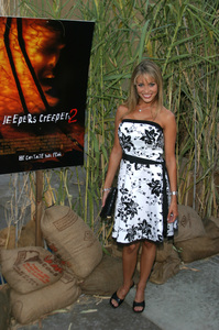 """Jeepers Creepers 2"" Premiere 8-25-03Bobbi Sue LutherPhoto By Sam Kweskin - Image 21434_0066"