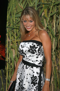 """""""Jeepers Creepers 2"""" Premiere 8-25-03Bobbi Sue LutherPhoto By Sam Kweskin - Image 21434_0068"""