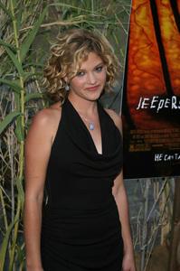"""Jeepers Creepers 2"" Premiere 8-25-03Nicki AycoxPhoto By Sam Kweskin - Image 21434_0078"