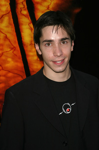 """""""Jeepers Creepers 2"""" Premiere 8-25-03Justin LongPhoto By Sam Kweskin - Image 21434_0117"""