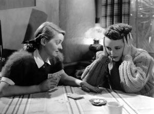 """The Great Lie""Bette Davis and Mary Astor1941**I.V. - Image 21440_0705"