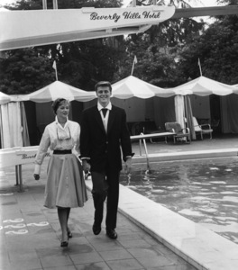 Edd Byrnes meets actress Judi Meredith for lunch and a swim at the Beverly Hills Hotelcirca 1960sPhoto by Joe Shere - Image 2144_0048
