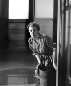 """I Remember Mama""Irene Dunne1948**I.V. - Image 21444_0001"