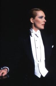 """""""Victor/Victoria""""Julie Andrews 1982 MGM/UA** I.V. - Image 21497_0003"""