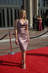 """Emmy - Creative Art Awards""9-13-2003Kim CattrallPhoto by Sam Kweskin - Image 21501_0077"