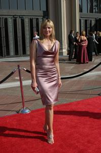 """Emmy - Creative Art Awards""9-13-2003Kim CattrallPhoto by Sam Kweskin - Image 21501_0079"