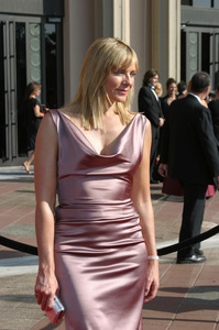 """Emmy - Creative Art Awards""9-13-2003Kim CattrallPhoto by Sam Kweskin - Image 21501_0080"