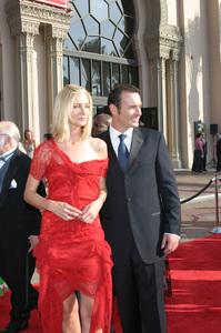 """""""Emmy - Creative Art Awards""""9-13-2003Joely Richardson, Julian McMahonPhoto by Sam Kweskin - Image 21501_0176"""