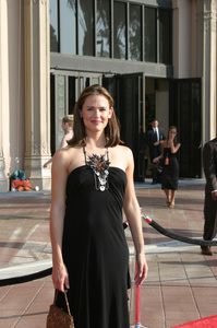 """""""Emmy - Creative Art Awards""""9-13-2003Jennifer GarnerPhoto by Sam Kweskin - Image 21501_0203"""