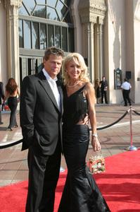 """""""Emmy - Creative Art Awards""""9-13-2003David Foster and wifePhoto by Sam Kweskin - Image 21501_0245"""