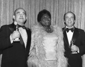 """The 33rd Annual Golden Globe Awards""Ed Asner, Esther Rolle, Tim Conway1976** I.V. - Image 21502_0001"