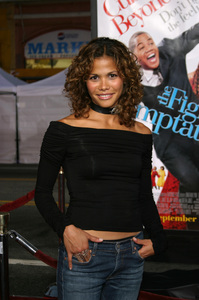 """""""The Fighting Temptations"""" Premiere9-17-2003Lourdes BenedictoPhoto by Sam Kweskin - Image 21512_0065"""