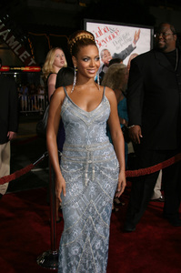 """The Fighting Temptations"" Premiere9-17-2003Beyonce KnowlesPhoto by Sam Kweskin - Image 21512_0130"