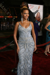 """""""The Fighting Temptations"""" Premiere9-17-2003Beyonce KnowlesPhoto by Sam Kweskin - Image 21512_0131"""