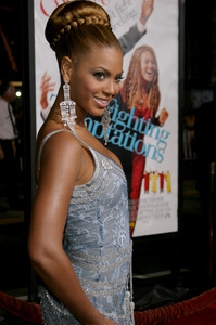 """The Fighting Temptations"" Premiere9-17-2003Beyonce KnowlesPhoto by Sam Kweskin - Image 21512_0133"