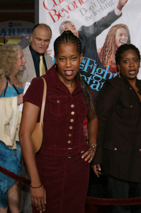 """The Fighting Temptations"" Premiere9-17-2003Regina KingPhoto by Sam Kweskin - Image 21512_0152"