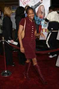 """The Fighting Temptations"" Premiere9-17-2003Regina KingPhoto by Sam Kweskin - Image 21512_0155"