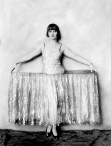 """George White Scandals""Louise Brooks C. 1923**I.V. - Image 21540_0001"