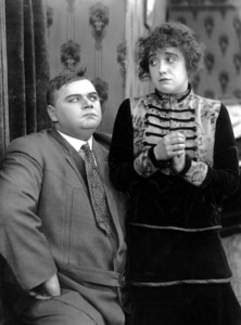 """""""Married Life""""Roscoe """"Fatty"""" Arbuckle & Mabel Normand1915**I.V. - Image 21550_0001"""