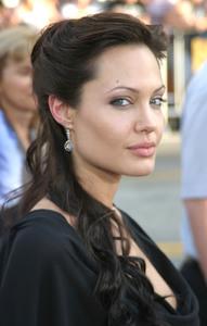 """Lara Croft Tomb Raider :The Cradle of Life"" Premiere 07/21/03Angelina JolieMPTV - Image 21590_0007"