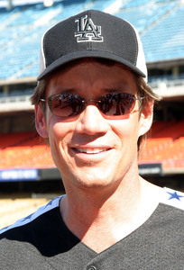 """Hollywood All-Star Celebrity Night""Dodger Stadium 45th Annual 08/09/03Kevin SorboMPTV - Image 21590_0040"