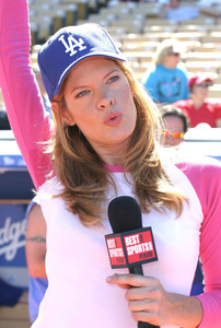 """Hollywood All-Star Celebrity Night""Dodger Stadium 45th Annual 08/09/03Michelle Stafford MPTV - Image 21590_0053"