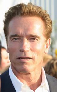 """10th Anniversary Dream Halloween"" 10/25/03Arnold SchwarzeneggerMPTV - Image 21590_0064"