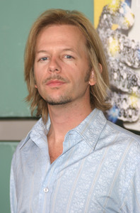"""Dickie Roberts Former Child Star"" Premiere  09/03/03David Spade MPTV - Image 21590_0081"