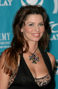 """""""38th Annual Academy of Country Music Awards""""5-21-03Shania TwainMPTV - Image 21590_0153"""