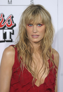 """Kill Bill Vol. 1"" Premiere 9-29-03Daryl HannahMPTV - Image 21590_0164"