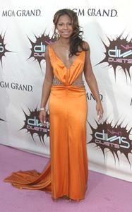 """VH1 Divas Duets"" 5-22-03AshantiMPTV - Image 21590_0199"