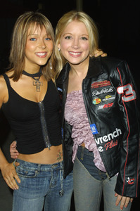 """11:14"" Premiere 10-15-03Courtney Peldon & Ashley Peldon MPTV - Image 21590_0218"