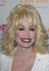 """""""Women in Rock 4th Annual concert for the fight against breast cancer""""  09/30/03Dolly Parton - Image 21590_0295"""