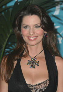 """""""38th Annual Academy of Country Music Awards"""" 05/21/03Shania Twain - Image 21590_0298"""