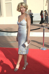 """55th annual Primetime Emmy Awards"" 9/21/03Christina ApplegateMPTV - Image 21590_0323"