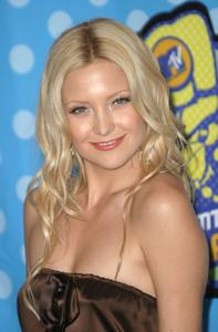 """MTV Movie Awards"" Press Room 05/31/03Kate HudsonMPTV - Image 21590_0356"