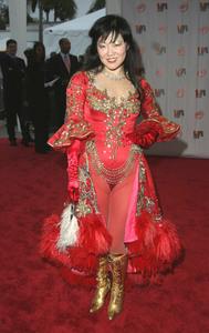 """""""1st Annual Vibe Awards"""" 11/20/03Margaret ChoMPTV - Image 21590_0360"""