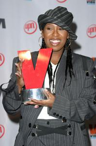 """""""1st Annual Vibe Awards"""" 11/20/03Missy ElliottMPTV - Image 21590_0366"""