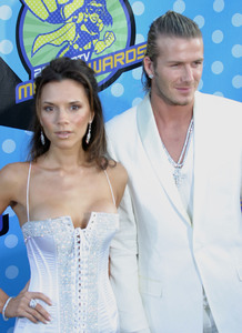 """MTV Movie Awards"" 05/31/03Victoria & David BeckhamMPTV - Image 21590_0413"