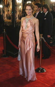 """""""Lord of the Rings: The Return of the King"""" Premiere 12-03-2003Miranda OttoMPTV - Image 21590_0434"""